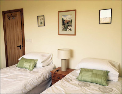 Lackford Lakes Barns, Well Cottage, twin bedroom